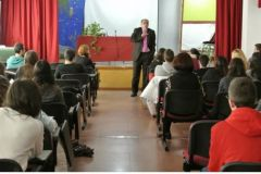 PSICOANÁLISIS EN LOS CENTROS DE ENSEÑANZA (4) Escuela para todos.Unidad de Educación y Salud. LA ESCUCHA EN EL APRENDIZAJE..